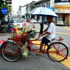 Rickshaw ready to give you a ride